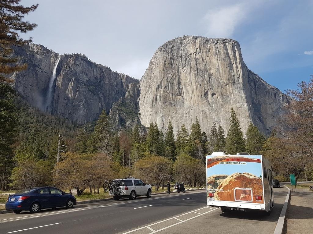 Notre camping-car devant El Capitan